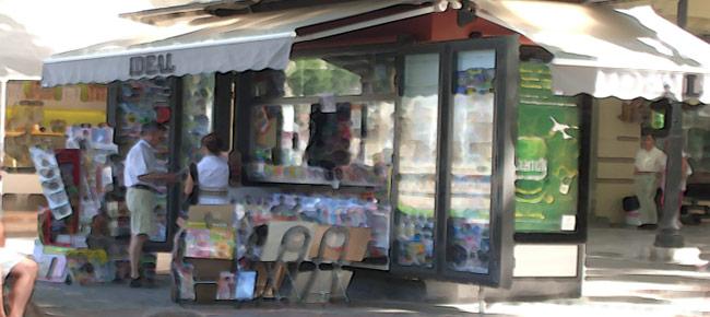El PSOE urge el cambio de la norma de quioscos para que puedan vender más productos