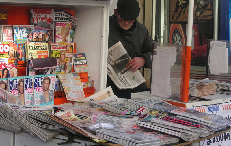 'El País', 'El Mundo' y 'ABC' pierden la mitad de su difusión (461.000 ejemplares) durante la crisis