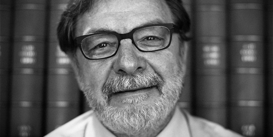 Juan Luis Cebrián, pesimista sobre el futuro de los diarios impresos